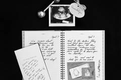 Eine Mutter gedenkt ihrer 11 Fehlgeburten mit starken Bildern