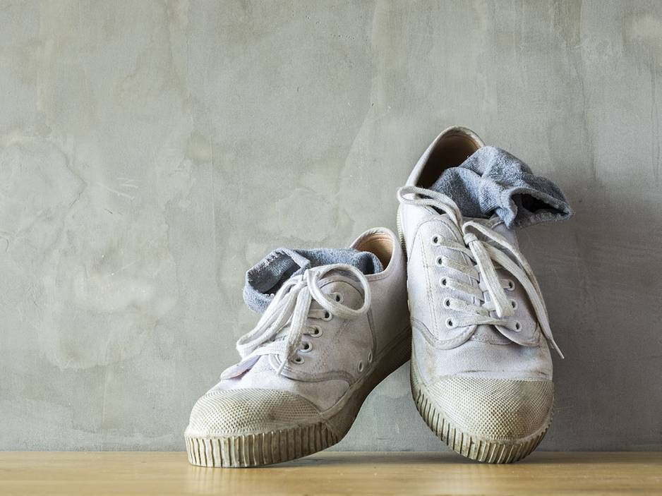 SOS-Trick gegen stinkende Schuhe