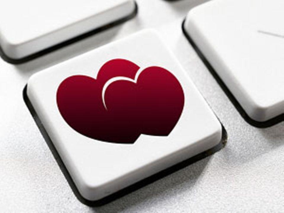 Warum Online-Dating romantisch ist