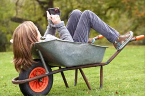 """Immer erreichbar: """"Mein Smartphone ist leider viel smarter als ich"""""""