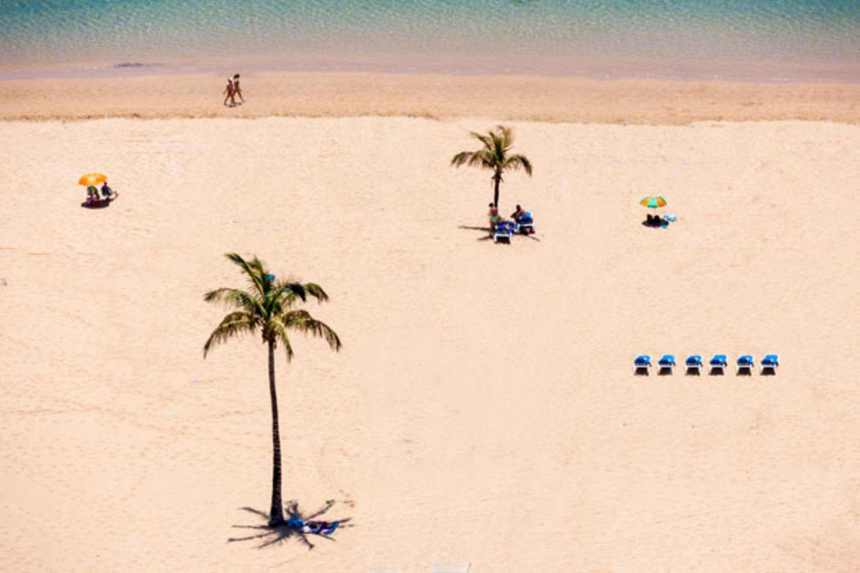 "Am Strand ""Las Teresitas"" auf Teneriffa"
