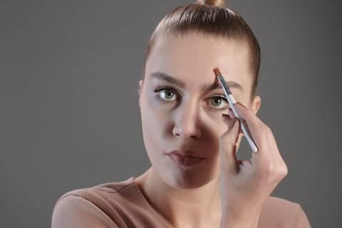Jojobaöl: Wirkung und Anwendung für Haut und Haare