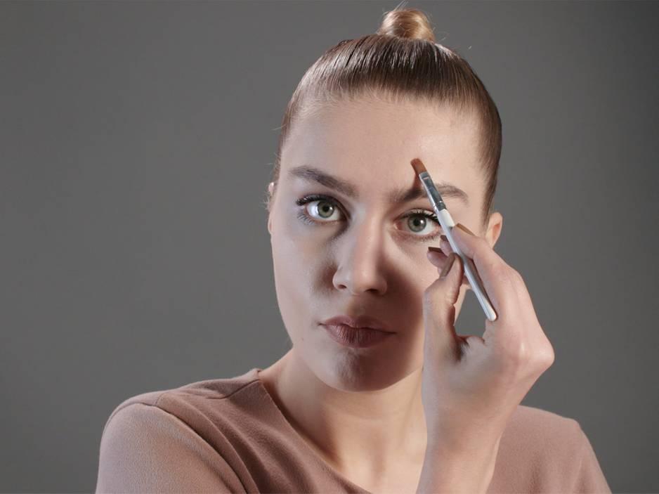 Beauty 1x1: Pickel abdecken - so lässt du sie verschwinden!
