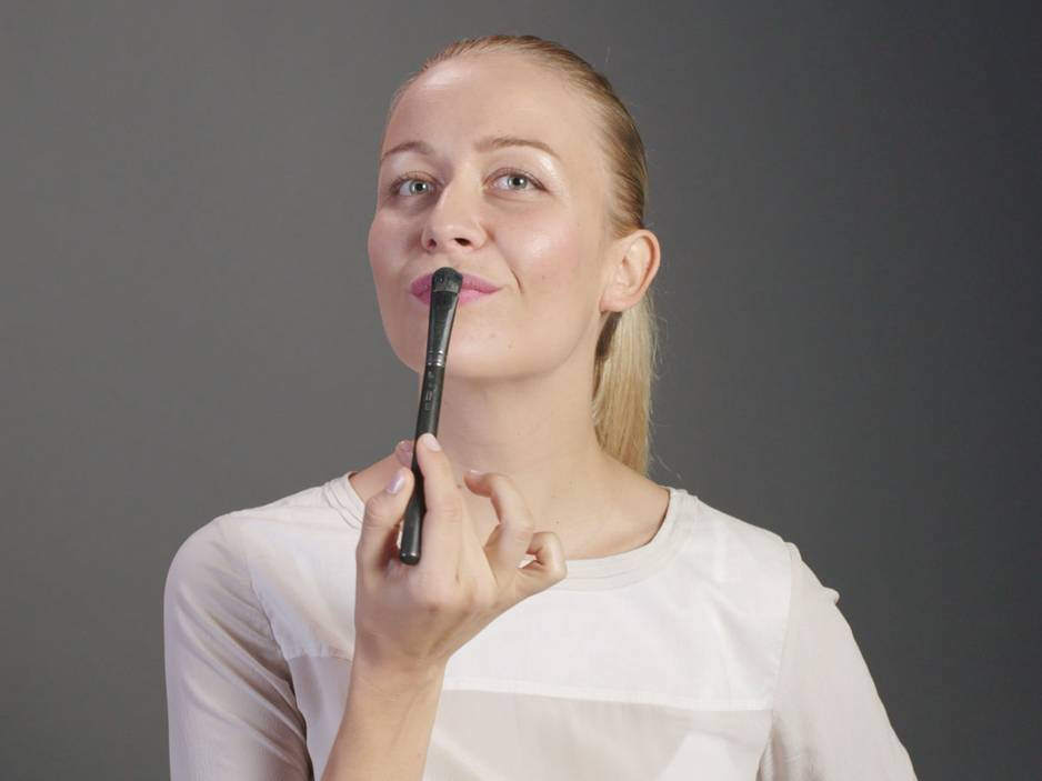 Beauty 1x1: Lippen im Matt-Look schminken
