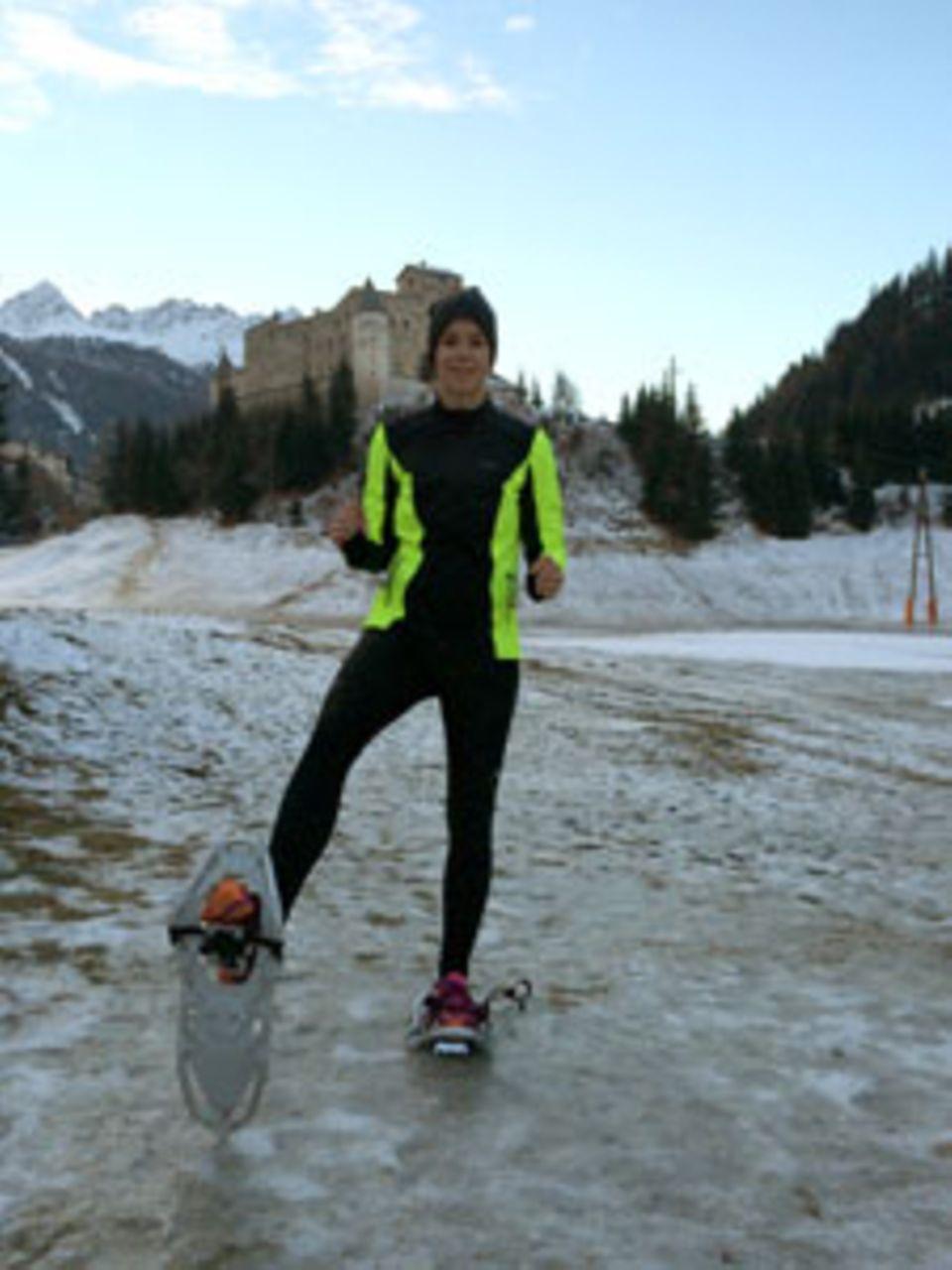 Ausgepowert, aber glücklich: Daniela Stohn nach ihrer ersten Laufrunde auf Schneeschuhen.
