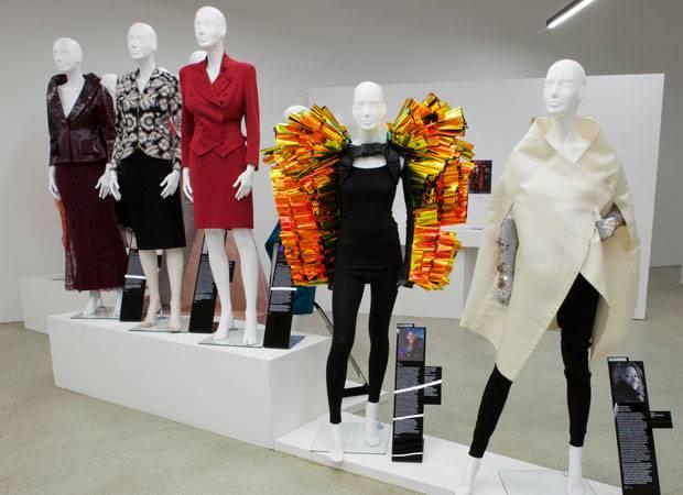 Ausstellung: Women Fashion Power: die Mode starker Frauen