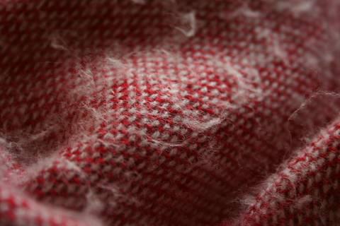 Fusseln entfernen – mit einem Rasierer