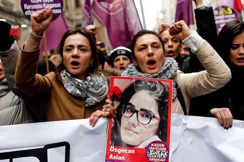 Tausende Türkinnen rebellieren gegen sexuelle Gewalt