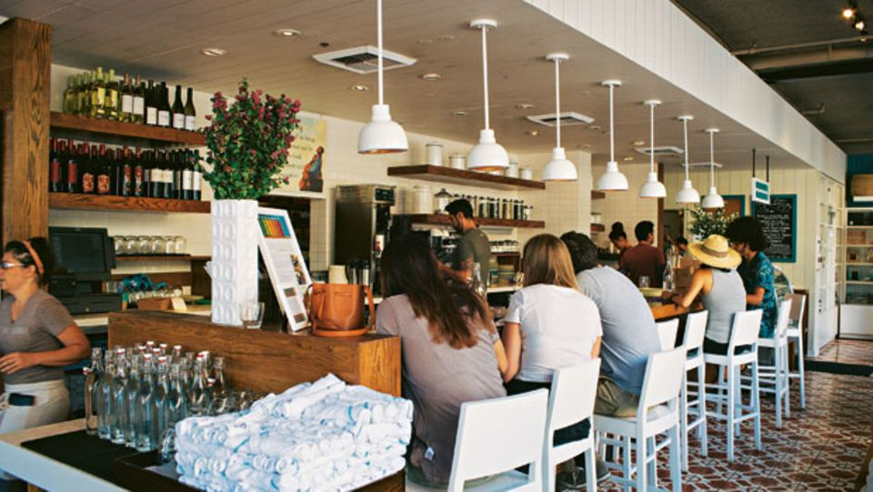 """Das Konzept des """"Café Gratitude"""" kommt so gut an, dass es bereits vier Cafés gibt"""