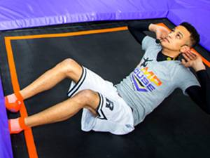 """""""Fit Jump"""": Der Sport- und Gymnastiklehrer Tidian Berry hat das Kurskozept von """"Fit Jump"""" entwickelt."""