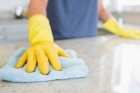 7 Sachen, die ihr ganz bestimmt nicht richtig wascht (oder putzt)