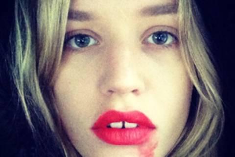 Darum tragen Frauen jetzt verschmierten Lippenstift...