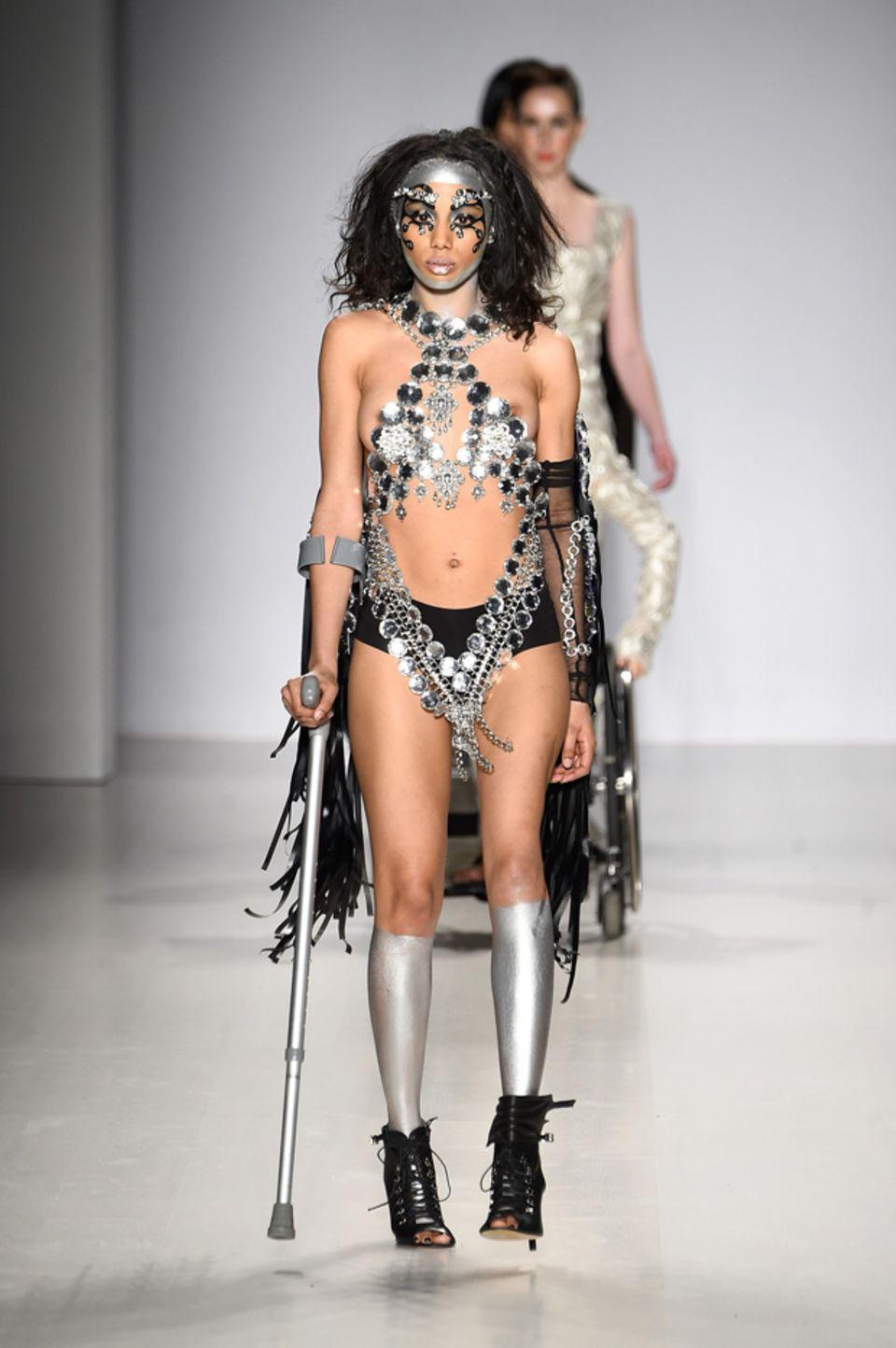Models im Rollstuhl - Vielfalt bei der New York Fashion Week