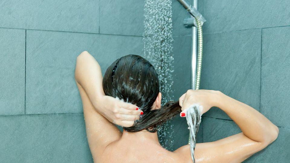 Wetten, ihr habt eure Haare immer falsch gewaschen?