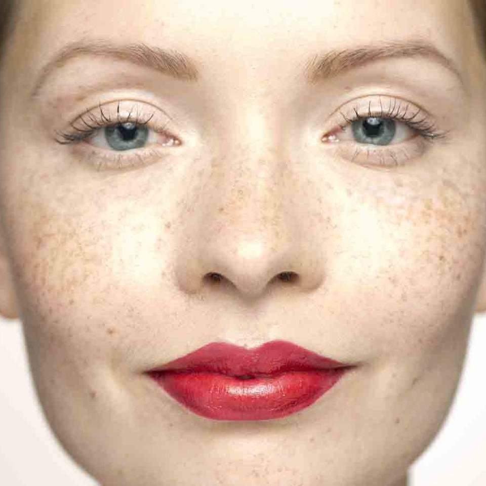Wimpern tuschen: 10 Tipps für den perfekten Schwung