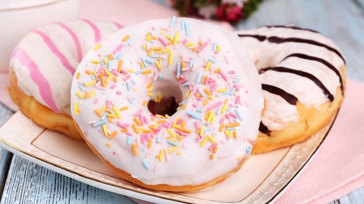 rezept donuts selber machen so geht 39 s. Black Bedroom Furniture Sets. Home Design Ideas