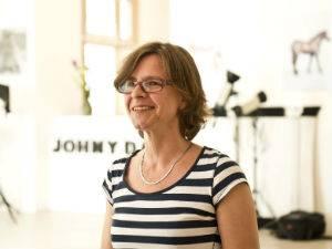 """Friederike, 46 Jahre: Friederike im Vorher-Interview: """"Es kitzelt bestimmt ein bisschen."""""""