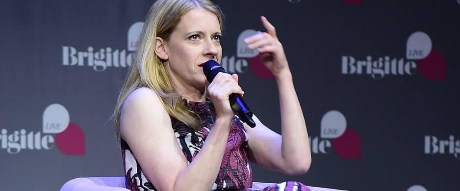 """BRIGITTE LIVE: Caroline Peters: """"Ich mag gar keine Krimis"""""""
