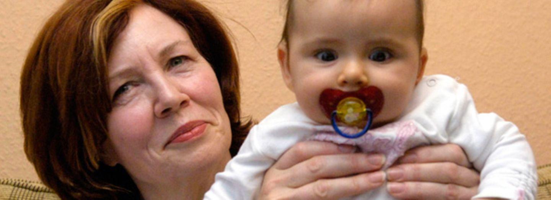 Unglaublich: 65-jährige Berlinerin erwartet Vierlinge