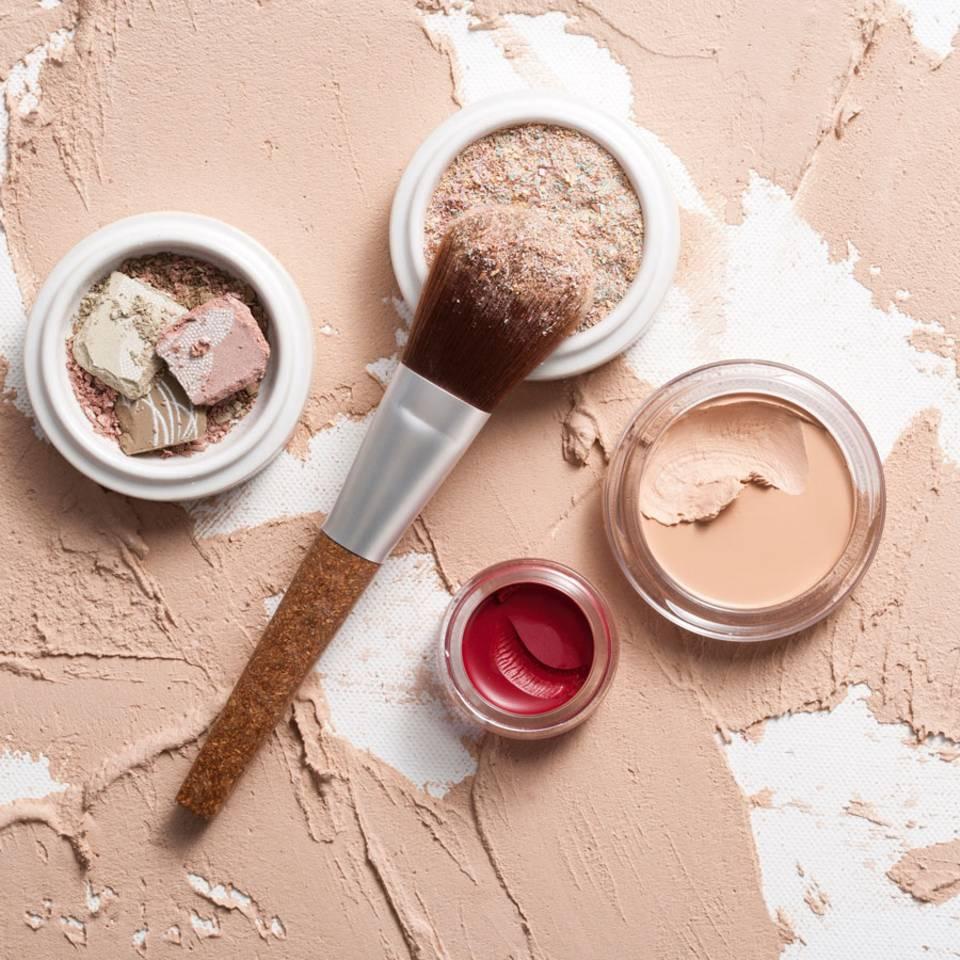 Warum Mineral Make-up der Haut so gut tut