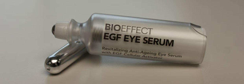 Ein Serum, das gegen Falten um die Augen helfen soll...