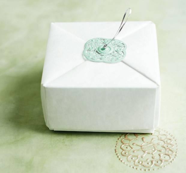 anleitung origami schachtel falten so geht 39 s. Black Bedroom Furniture Sets. Home Design Ideas