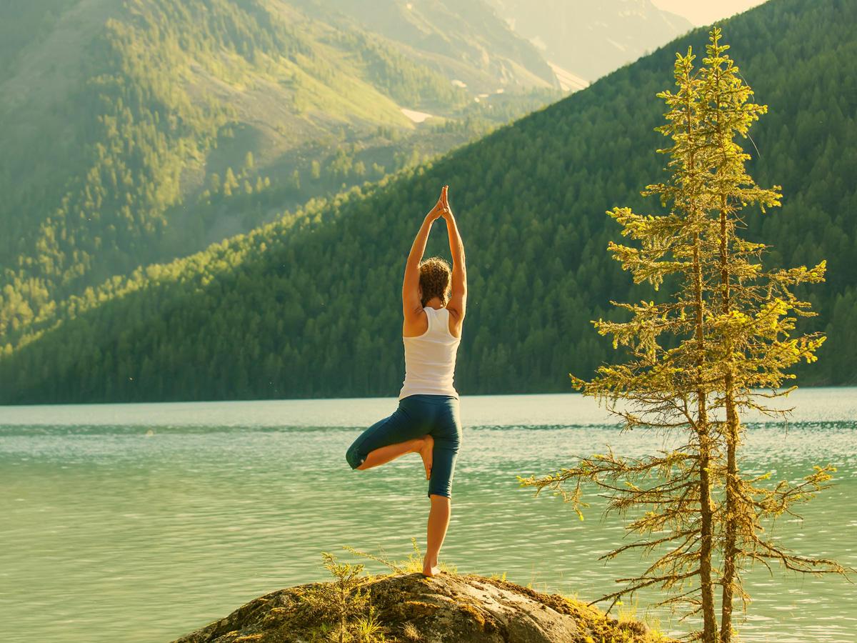 Yoga frau natur t