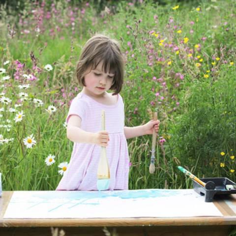 Autismus bei Kindern: Autistisches Kind begeistert die Welt mit seiner Kunst