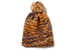 Melierte Mütze mit Bommel stricken