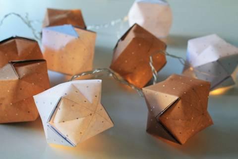 Origami-Lichterkette basteln - einfach selbstgemacht