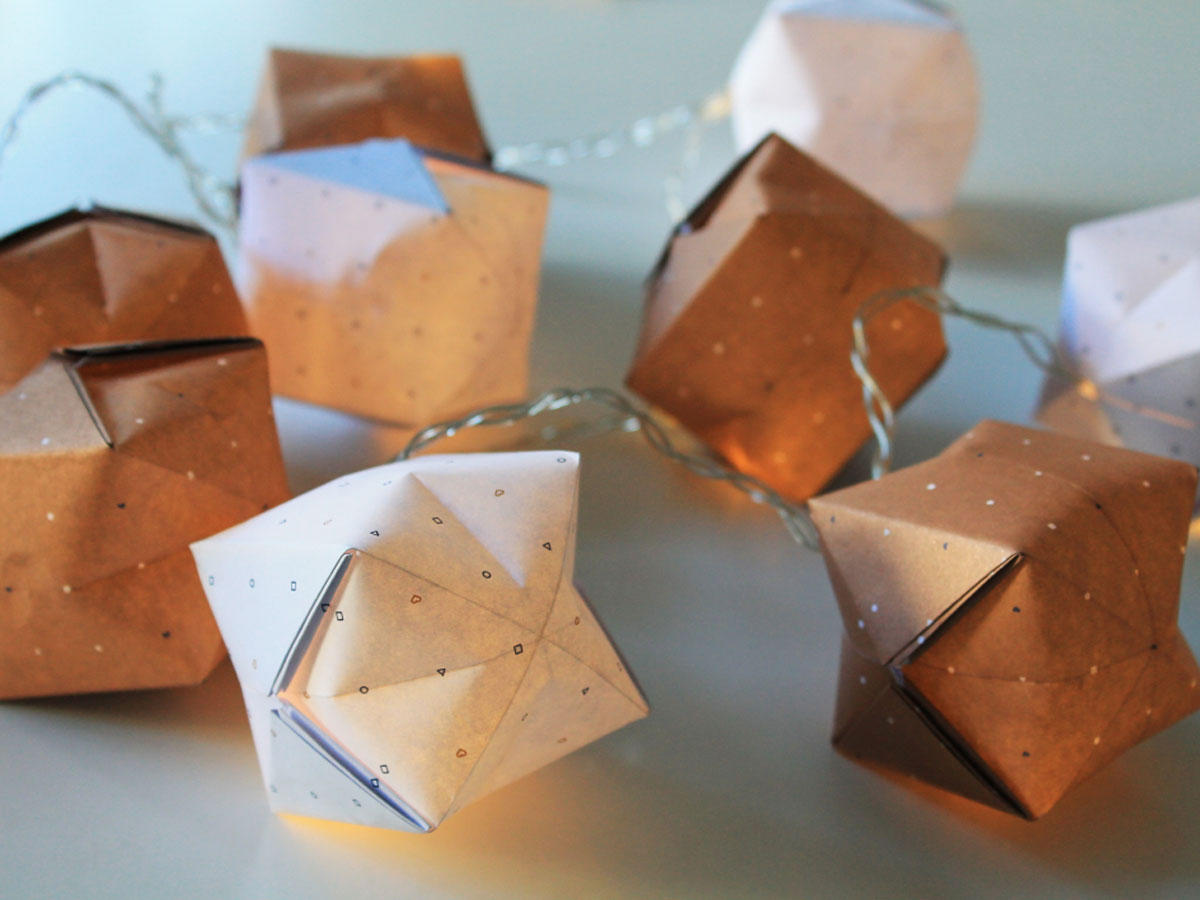 bastelanleitungen origami lichterkette basteln einfach. Black Bedroom Furniture Sets. Home Design Ideas