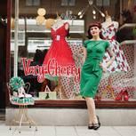 """Wunderbare Kleider für wunderbare Tanz-Events: Caroline Poiesz von """"Very Cherry"""" in Rotterdam."""