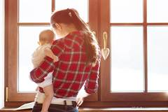Die Einsamkeit berufstätiger Mütter