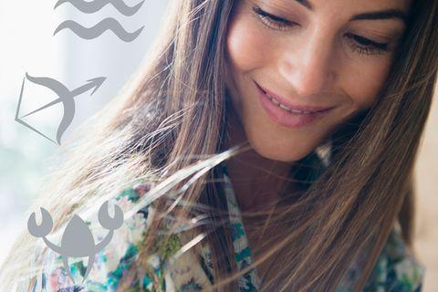 Wie findet dein Sternzeichen Gelassenheit: Frau mit langen Haaren
