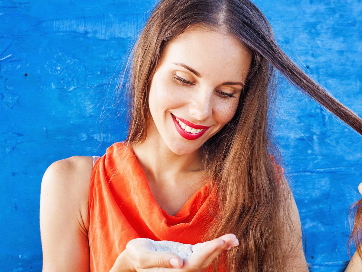 Zähne bleichen, Haare waschen, Gesicht peelen – alles mit Backpulver?
