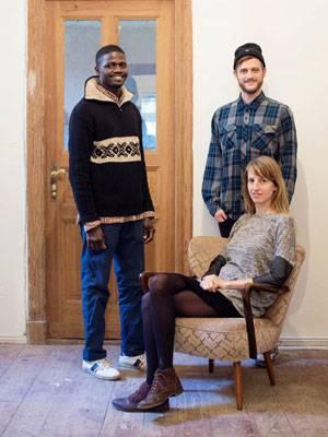 """""""Flüchtlinge Willkommen"""": Der 39-jährige Bakary aus Mali lebte für mehrere Monate in der WG von Jonas und Mareike. Inzwischen hat er eine eigene Wohnung gefunden."""