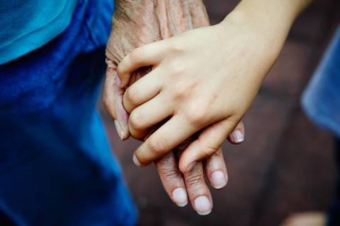 """""""Die Demenz meiner Oma ist eine Herausforderung für die ganze Familie"""""""
