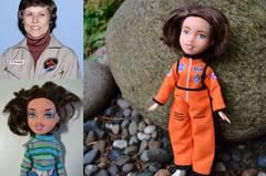 Warum nicht zu den Sternen greifen? Patin für diese Puppe stand Roberta Bondar, die erste Frau aus Kanada, die ins Weltall flog.