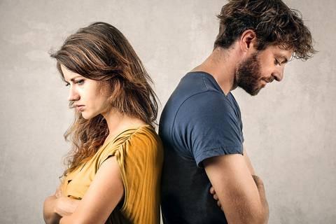 Darum schweigen Männer in Beziehungen