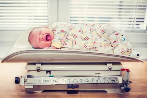 Was dein Baby-Gewicht über dich aussagt