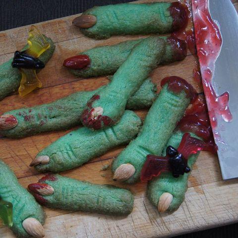 Hexenfinger backen für Halloween