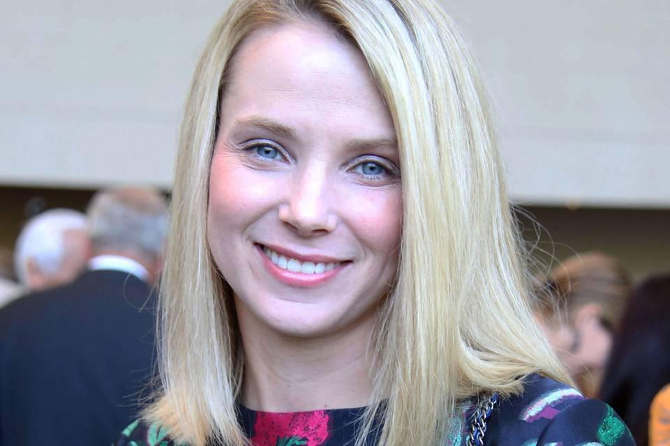Yahoo-Chefin Mayer will trotz Zwillingen durcharbeiten