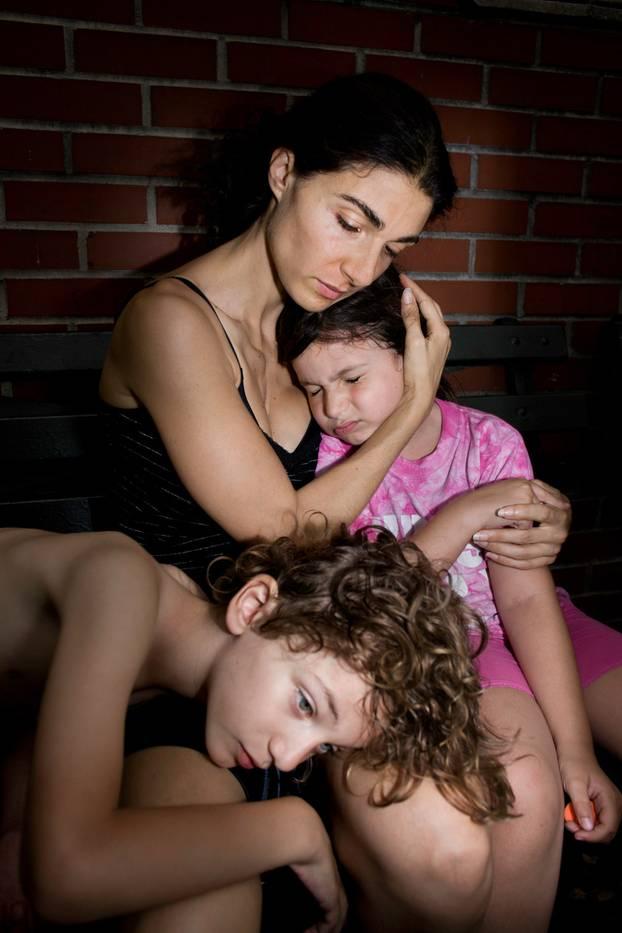 Fotoprojekt: Rotz und Narben: Ein unzensierter Blick aufs Muttersein