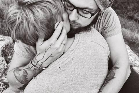 Fünf Gründe, jemanden zu lieben, dessen Herz bereits gebrochen wurde