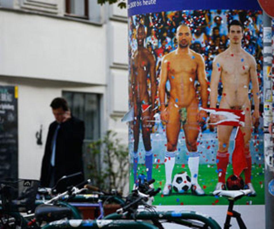 Nackt-Skandal: 3 Aufreger hinter dem roten Balken