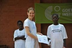 Das Operndorf, Schlingensiefs Projekt in Burkina Faso, hat inzwischen 16 Häuser, eine Kantine und eine Schule, aber es ist noch viel zu tun