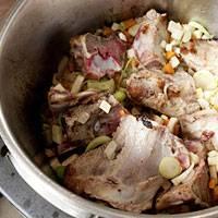 Suppe: Brühe selber machen
