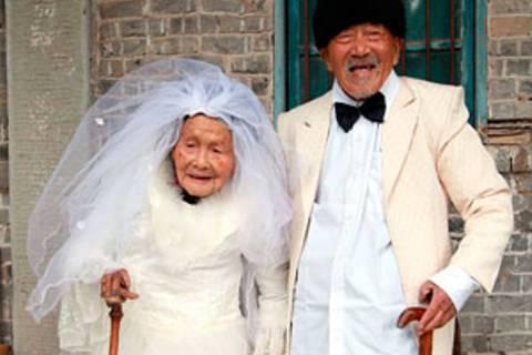 Erstes Hochzeitsfoto nach 88 Jahren: Welch ein Liebesglück