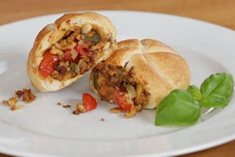 Vegane Pizzabrötchen - eine Video-Kochschule