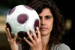 Helena Costa trainert Spitzenfußballer